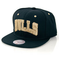 Mitchell & Ness Team Gold Chicago Bulls Snapback MN-NBA-EU173