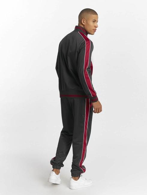 Ecko Unltd. / Suits First Avenue in red