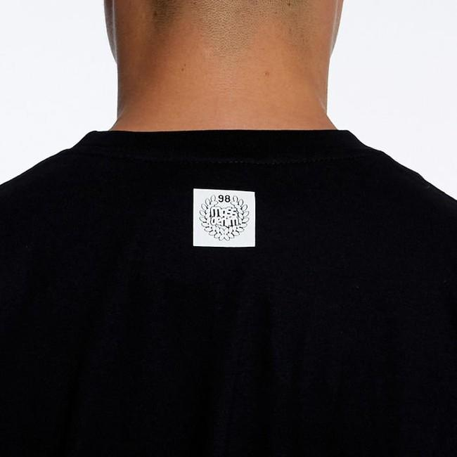 Mass Denim Base Small Logo Longsleeve black